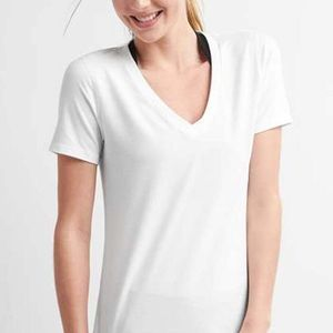 GAP Fit White V-Neck Short Sleeved Top